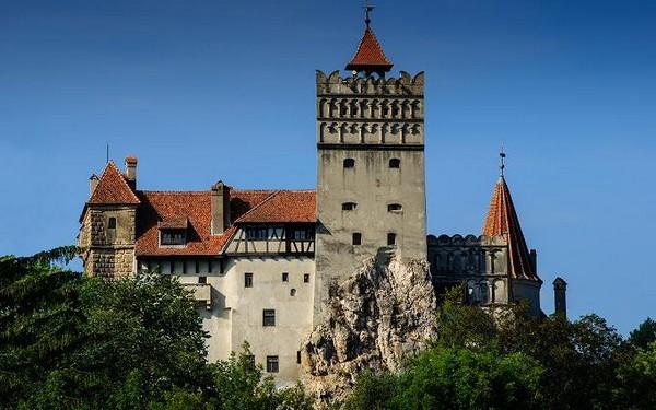 Pranz roial la Castelul Bran