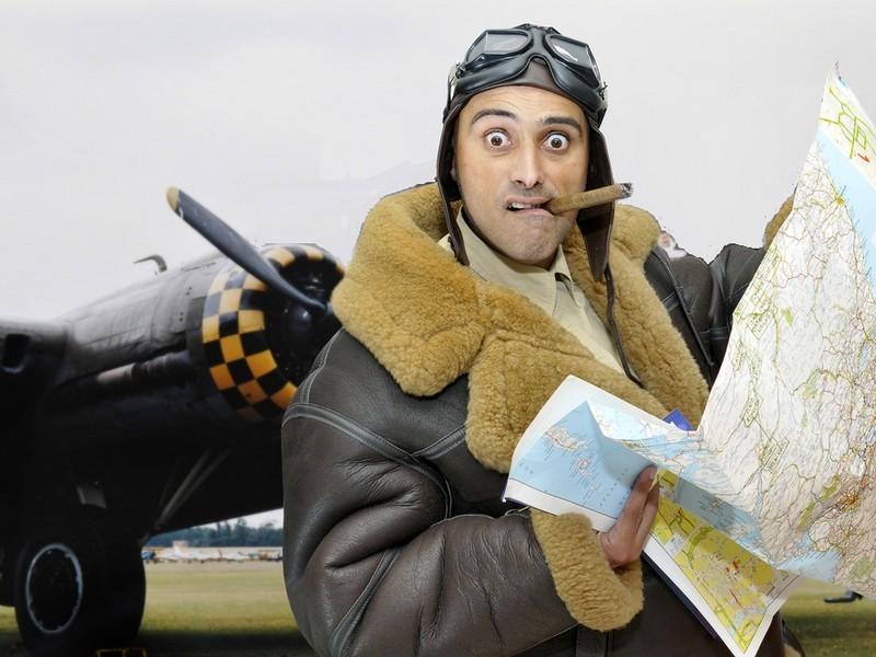 Lectie de zbor cu biplanul de epoca in Bucuresti
