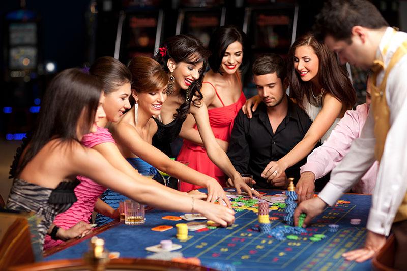 Seara la Cazino pentru 7