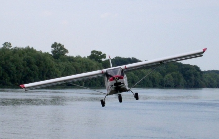 Lectie de zbor cu avionul in Tulcea