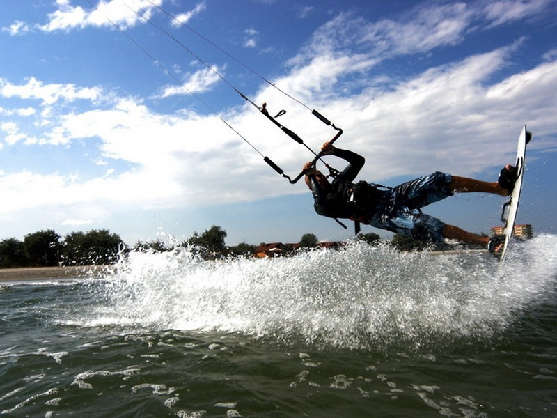 Initiere in kiteboarding in Constanta