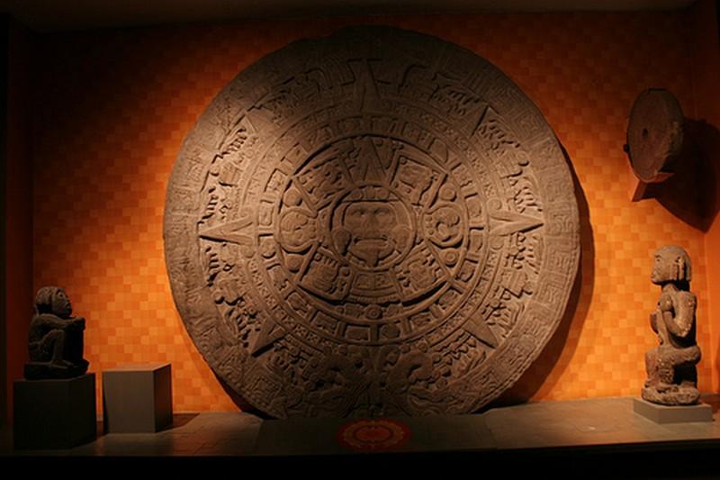 Initiere in pictura azteca in Bucuresti