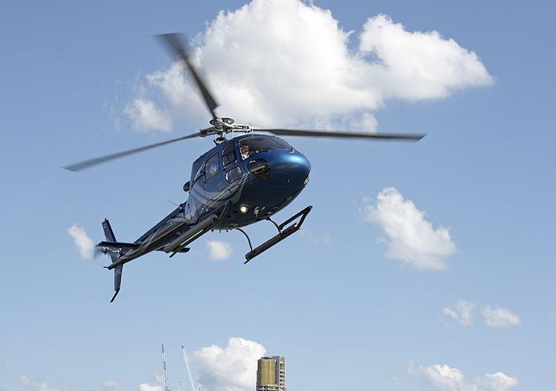 Champagne flight VIP - Zbor cu elicopterul pentru 2
