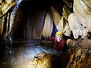Explorari de pesteri in Hunedoara