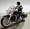 Plimbare cu Harley Davidson pentru ea in Bucuresti
